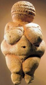 La Venere di Willendorf, divinità femminile paleolitica.